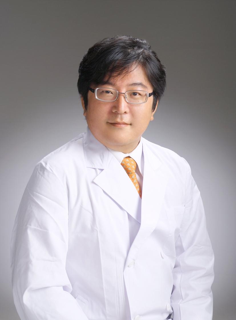 日本橋Fレーザークリニックの院長画像