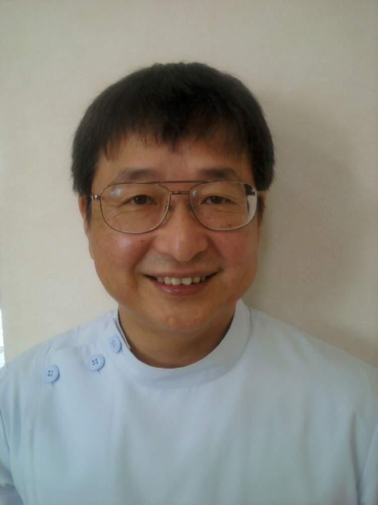 青田歯科医院の院長画像