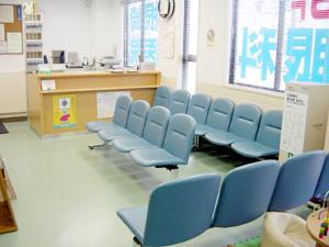 眼科根崎医院の待合室