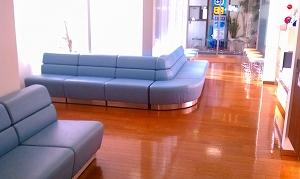 和田眼科医療法人社団の待合室